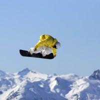 snowboard-sky-high-